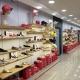 ayakkabı mağaza dekorasyonu raf dizaynı